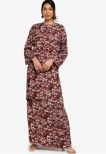 Baju Kurung Pesak from ZALIA BASICS in Brown