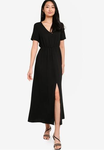 ZALORA BASICS black Deep V Blouson Maxi Dress D1EAEAA771EDF8GS_1