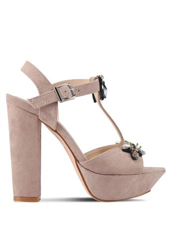 addicts anonymous beige Caroline Bugs Chunky High Heels AD479SH0SVKIMY_1