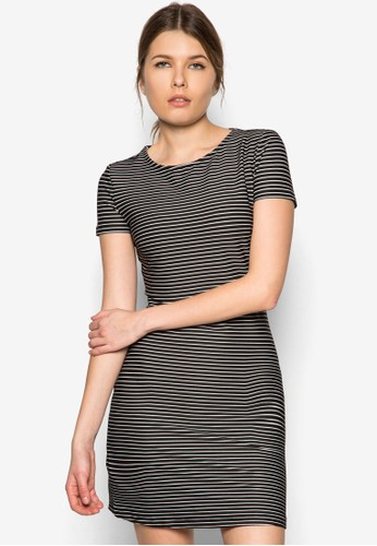 zalora 心得 pttStripe Textured Dress, 服飾, 服飾