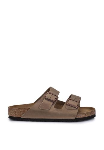 Birkenstock brown Arizona Oiled Leather Sandals BI090SH96JPJMY_1