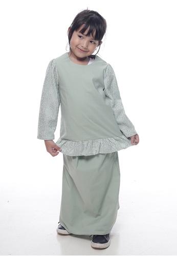 Denai Boutique green Baju Kurung Edwina 3DF0DKA645937AGS_1