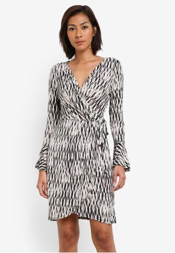 Wallis multi Petite Monochrome Geometric Print Wrap Dress WA800AA0SACKMY_1