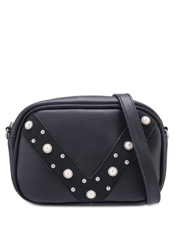 Pieces black Lucy Cross Body Bag C4CE5AC3DE2702GS_1