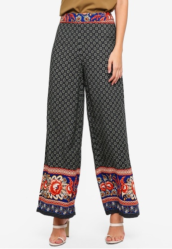 MISSGUIDED black Printed Wide Leg Trousers 2D4D2AA1771449GS_1
