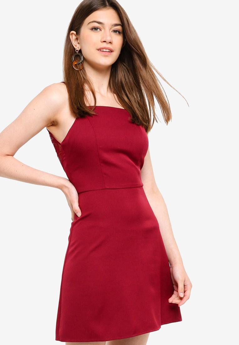 Trim Lace Borrowed Dress Detailed Burgundy Something Back Hw804xFnZq
