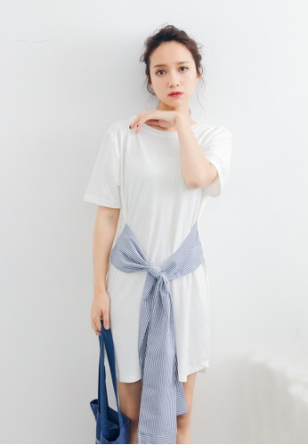 Shopsfashion white and blue Front Tie Up Knot Dress in White 101E3AA8326206GS_1