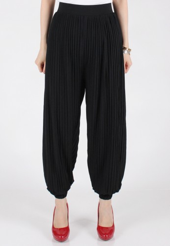 Meitavi's Fine Plisket Jogger Pants - Black