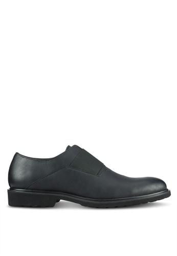 ZALORA black Contemporary Faux Leather Brogues 6401FAA7D2373BGS_1