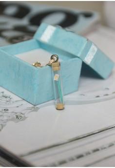 Craftika's Tubed Origami Calla Lily Necklace