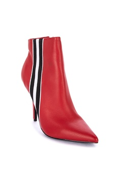058c618a439 40% OFF Steve Madden Knock Leather Stripe Detail Heeled Boots Php 6