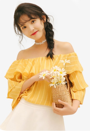 Shopsfashion yellow Layered Off Shoulder Blouse BCF00AA7DB6753GS_1