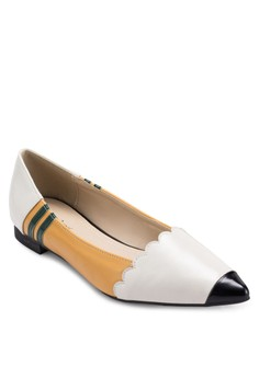 Pencil Pointed Toe Flats