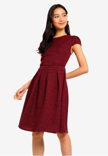 ZALORA 黑色 and 紅色 褶飾喇叭裙洋裝 1FE29AAC00FA0FGS_1