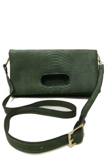 The Papillon Design green Grab foldover Clutch TH964AC54WAFMY_1