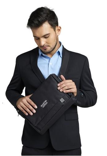 Martin Versa black Martin Versa EVOC5 Tas Selempang Pria Kanvas Man Slingbag USB Charging Slot 19333ACE73A070GS_1