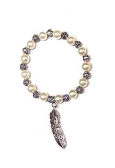 Classic Pearl Leaf Bracelet