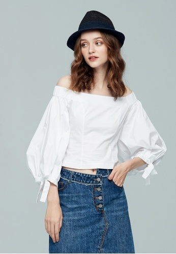 iROO white Off Shoulder Corset Blouse C368AAA6858AE3GS_1