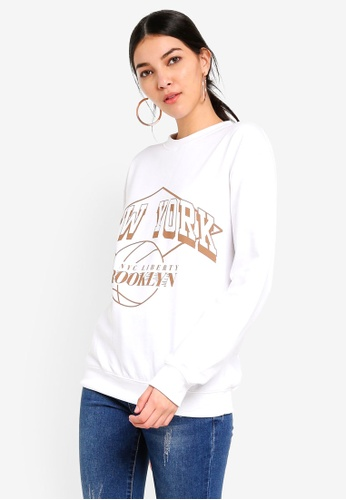 MISSGUIDED white New York Brooklyn Graphic Sweat C8650AABCD9049GS_1
