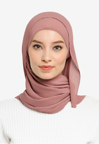 UMMA pink Yara Pleated Scarf in Plumberry 7A380AAE8A137FGS_1