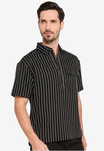 URBAN REVIVO grey Fashion Striped Shirt BA907AA60C7FF5GS_1