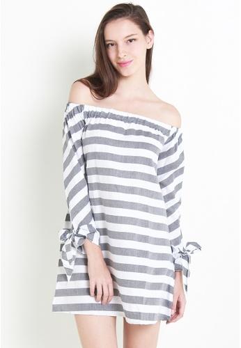 Leline Style grey and white Bezer Offshoulder Dress LE802AA38ZORSG_1