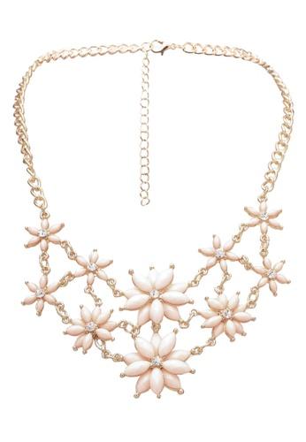 Red's Revenge pink Pastel Pink Petal Bib Necklace RE144AC0S0U0MY_1
