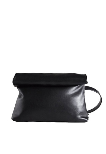 LINGWU black LINGWU Toast Black Crossbody Bag 9010BAC31C3FA6GS_1