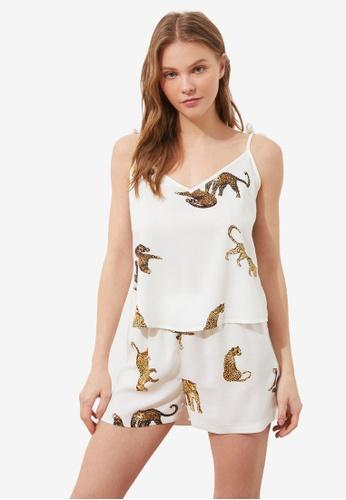 Trendyol 白色 印花睡衣組 E1366AAC7CC6A4GS_1