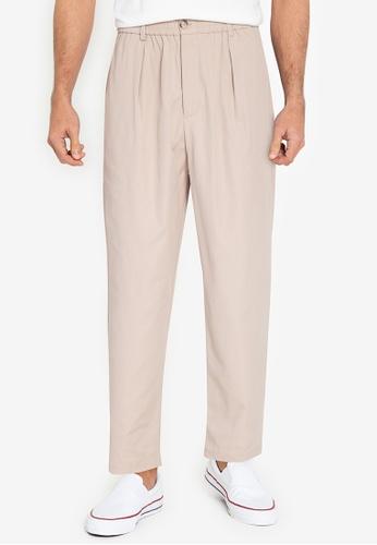 ZALORA BASICS beige Pleated Front Trousers C05F5AA4B099CCGS_1