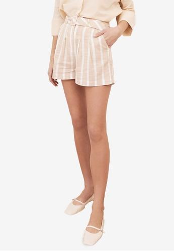 Trendyol beige Belted Stripe Tailored Shorts 856C8AA1E98DF1GS_1