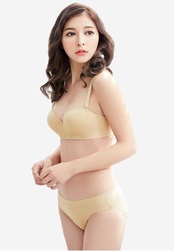 3057fd85d7 Shop Sesura Simple Choice Bra And Panty Set Online on ZALORA Philippines