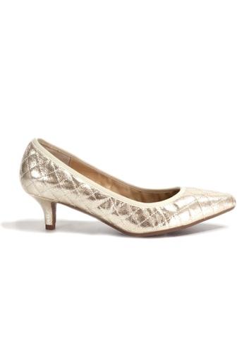 Shu Talk gold Stylish Chic Metallic Diamond Quilted Heels 5DF49SH0699DD5GS_1