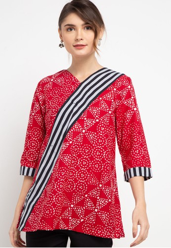 Danar Hadi red Blouse Batik Print Motif Ceplok Mozaik 206EEAA354385FGS_1