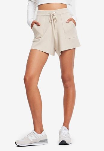 St MRLO beige Winehouse Shorts 77D2FAAD36922FGS_1