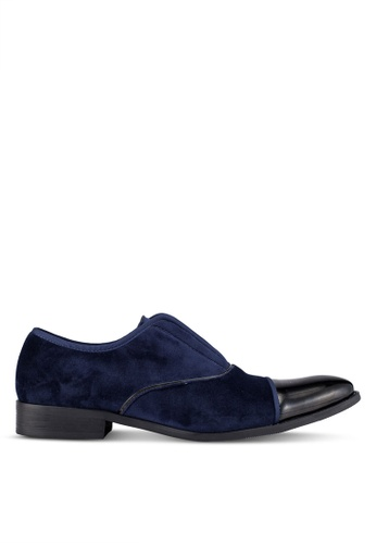 ZALORA navy Velvet And Faux Patent Leather Cocktail Slip On Dress Shoes 11791AAE781F99GS_1