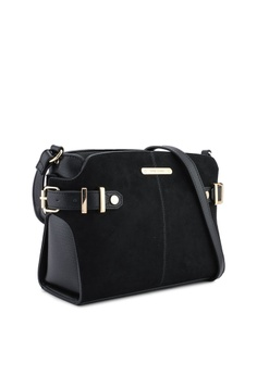 45% OFF River Island Tab Side Crossbody Bag RM 249.00 NOW RM 136.90 Sizes  One Size 0992144ae275c