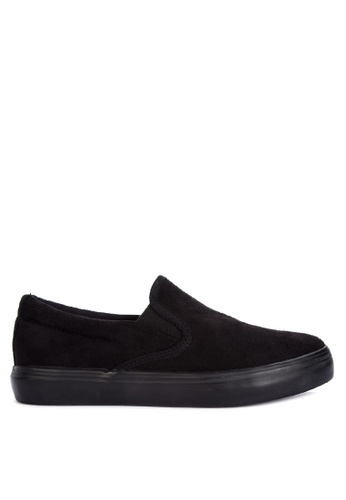 BENCH black Solid Tone Slip Ons 820F5SHDAD3328GS_1