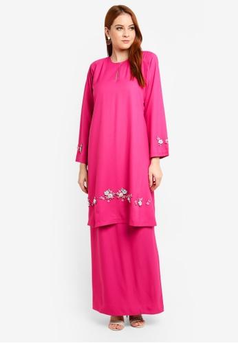 Kurung Mastura from Amin jauhary in Pink