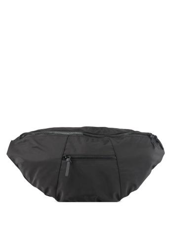 TOPMAN black Black Oversized Cross Body Bag TO413AC0T1N8MY_1
