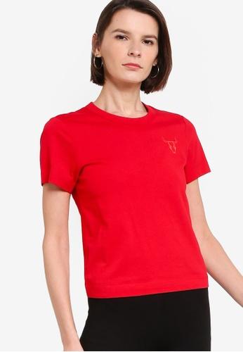 ck Calvin Klein red LIGHTWEIGHT ORGANIC COTTON TOP WITH LOGO 71D69AA79B1C9EGS_1