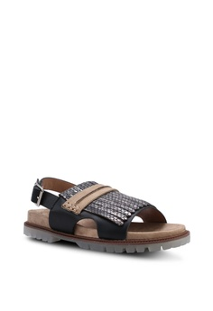 ddd1cdcb4 36% OFF VANESSA WU Vish Sandals Php 4