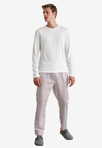 Trendyol red 2-Piece Pajamas Set - Stripe Detail D3620AA86F28A2GS_1