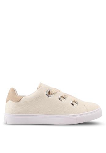 ZALORA white Oversize Eyelet Lace Up Sneakers 4BD29SHF89D128GS_1