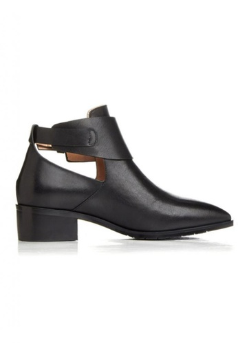 Sunnydaysweety 黑色 新款簡約真皮高筒低跟鞋 RA092702BK SU395SH09XZZTW_1