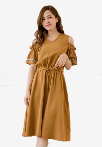 1573a56057a7e Tokichoi beige V-Neck Cold Shoulder Drawstring Waist Dress  7FFACAAF311571GS 1