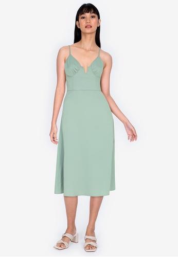 ZALORA BASICS green Sweetheart Cut Out Midi Dress FA81DAA72E419FGS_1
