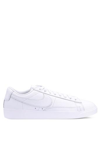 Nike white Nike Blazer Low Le Shoes 74636SH26DE698GS 1 ceef6dbfb