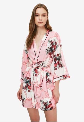 Trendyol multi Print Nightwear Kimono B2DBDAAA0D5337GS_1
