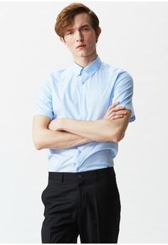【ZALORA】 修身剪裁。素色彈性短袖襯衫。MIT-11080-淺藍
